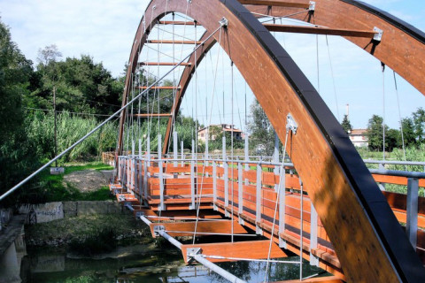 CYCLE-PEDESTRIAN BRIDGE CHIARAVALLE (AN)